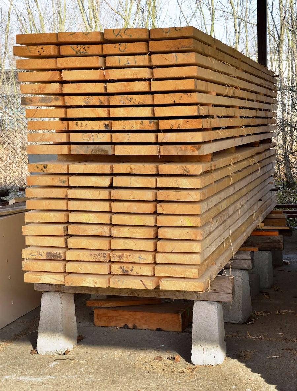 естественная сушка древесины