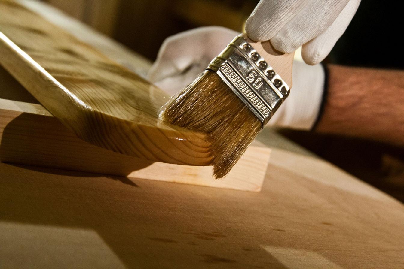 Защита дерева маслом картинка