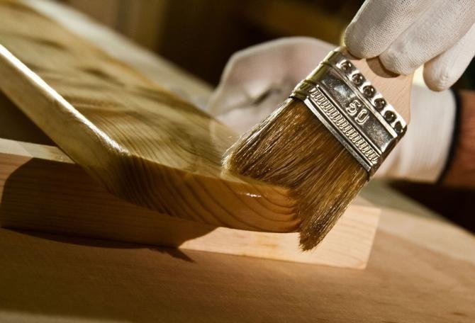 Зачем нужно обрабатывать маслом древесину